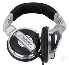 Image: Pioneer headphones